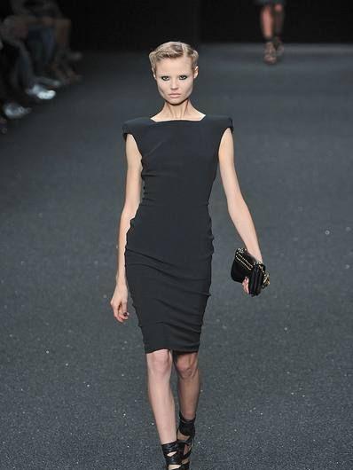 Clothing, Dress, Shoulder, Human leg, Joint, Fashion show, Fashion model, Style, Waist, One-piece garment,