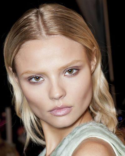 Hair, Face, Nose, Mouth, Lip, Cheek, Eye, Hairstyle, Skin, Chin,
