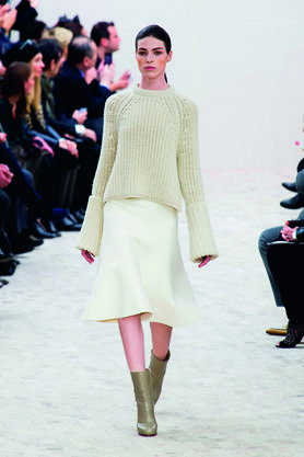 Clothing, Footwear, Leg, Shoulder, Textile, Joint, Fashion show, Outerwear, Red, Winter,