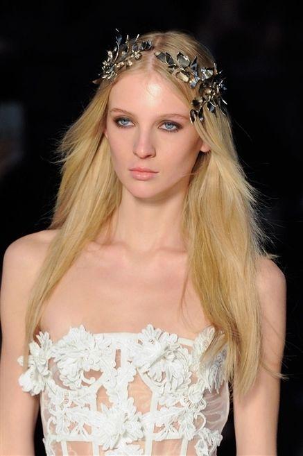 Clothing, Lip, Hairstyle, Eye, Shoulder, Eyebrow, Hair accessory, Headpiece, Style, Eyelash,