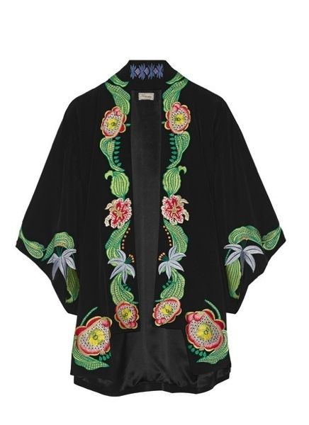 Green, Sleeve, Collar, Textile, Pattern, Fashion, Costume design, Clothes hanger, Costume, Blazer,