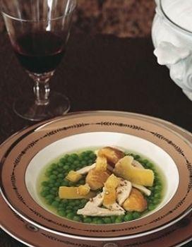 Dishware, Glass, Food, Stemware, Drinkware, Ingredient, Barware, Drink, Tableware, Wine glass,