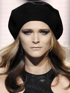 Lip, Hairstyle, Chin, Forehead, Eyebrow, Style, Headgear, Fashion, Black, Beauty,
