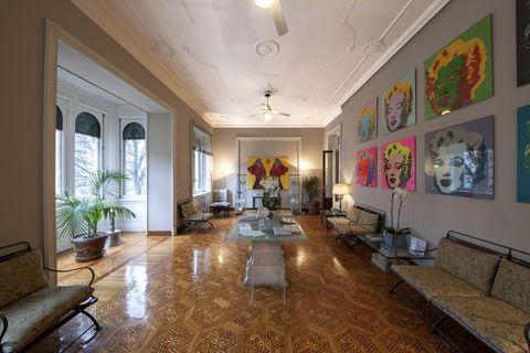Lighting, Interior design, Room, Floor, Flooring, Ceiling, Furniture, Interior design, Living room, Light fixture,