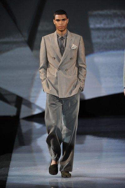 Coat, Fashion show, Dress shirt, Outerwear, Collar, Runway, Suit trousers, Style, Formal wear, Blazer,