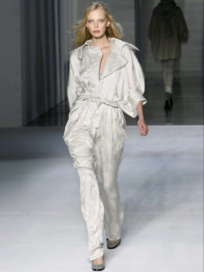 Clothing, Footwear, Fashion show, Sleeve, Shoulder, Textile, Joint, Fashion model, Runway, Style,