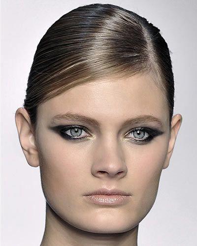 Hair, Head, Ear, Nose, Lip, Cheek, Hairstyle, Skin, Eye, Chin,