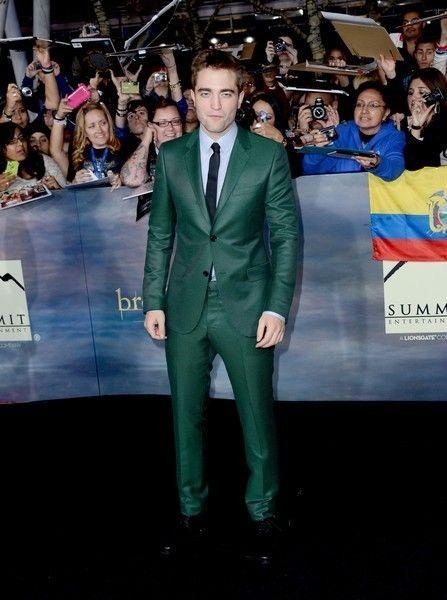 Face, Human, Trousers, Coat, Shirt, Collar, Outerwear, Suit, Dress shirt, Formal wear,