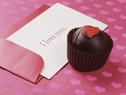 Sweetness, Giri choco, Cuisine, Food, Dessert, Ingredient, Pink, Confectionery, Baking cup, Chocolate,