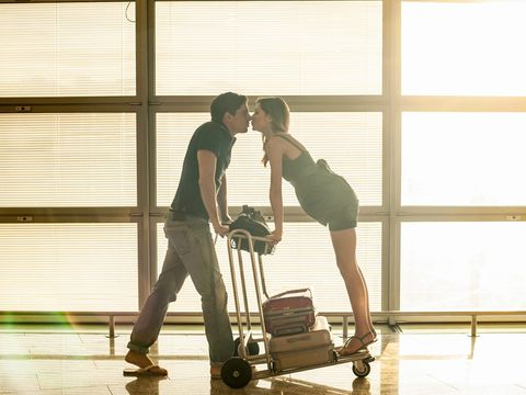 People in nature, Floor, Interaction, Romance, Love, Cleanliness, Honeymoon, Back, Rolling, Daylighting,