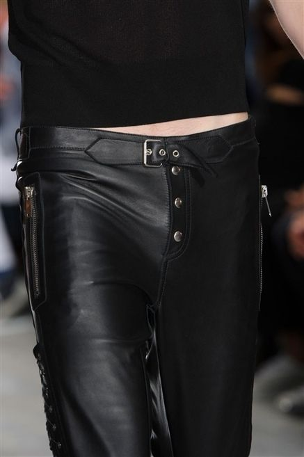 Textile, Joint, Waist, Fashion, Leather, Black, Pocket, Street fashion, Belt, Latex,