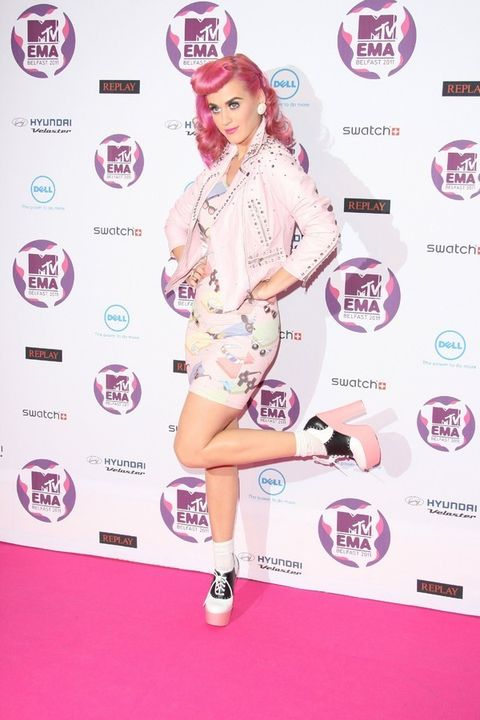 Leg, Sleeve, Magenta, Flooring, Pink, Style, Purple, Dress, High heels, Logo,