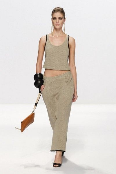 Brown, Sleeve, Human body, Shoulder, Khaki, Standing, Joint, Waist, Style, Pattern,
