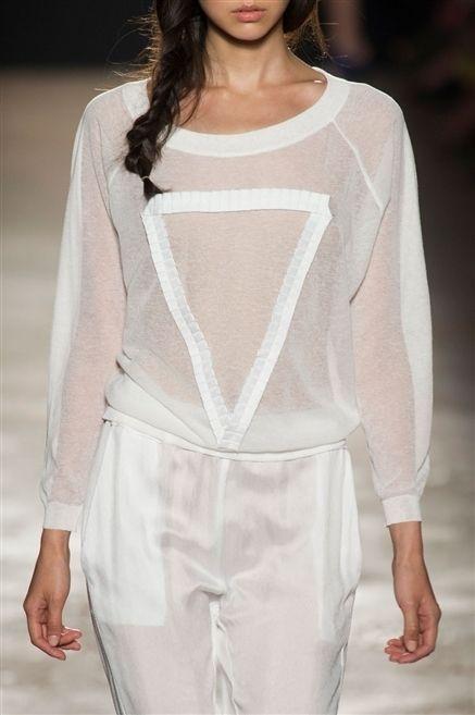 Sleeve, Human body, Fashion show, Shoulder, Textile, Joint, Fashion model, Fashion, Neck, Street fashion,