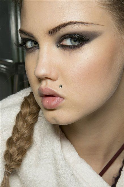Nose, Lip, Cheek, Brown, Hairstyle, Skin, Chin, Forehead, Eyelash, Eyebrow,