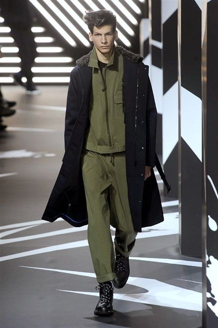 Footwear, Leg, Jacket, Outerwear, Fashion show, Coat, Style, Runway, Fashion model, Street fashion,