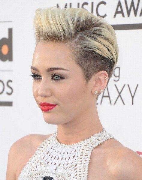 Hair, Head, Ear, Lip, Hairstyle, Chin, Eyelash, Forehead, Eyebrow, Style,