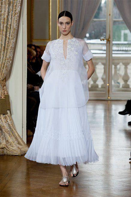 Floor, Shoulder, Textile, Flooring, Formal wear, Dress, Gown, Bridal clothing, Fashion, Wood flooring,