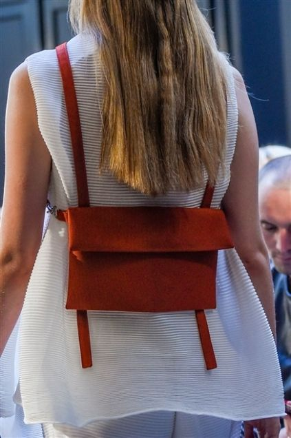 Hairstyle, Shoulder, Joint, Fashion, Back, Long hair, Blond, Brown hair, Waist, Day dress,