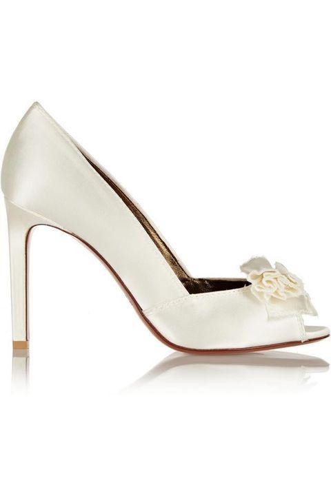 High heels, Fashion, Tan, Sandal, Beige, Basic pump, Bridal shoe, Fashion design, Strap, Foot,