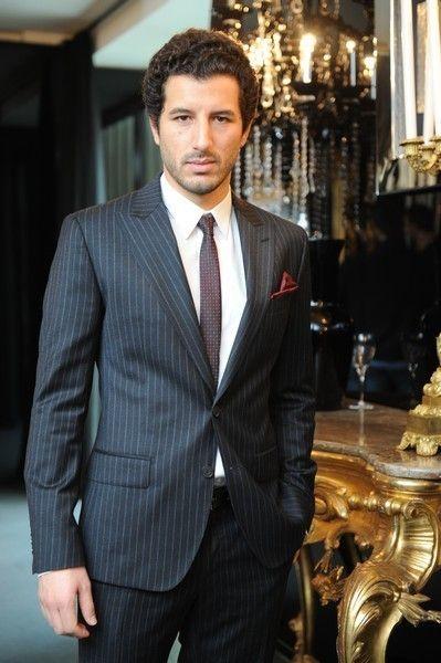 Clothing, Dress shirt, Collar, Coat, Trousers, Suit trousers, Shirt, Suit, Outerwear, Formal wear,