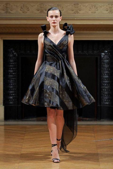 Clothing, Dress, Shoulder, Floor, One-piece garment, Flooring, Style, Formal wear, Fashion model, Fashion show,