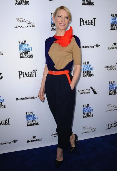 Style, Waist, Electric blue, Cobalt blue, Blond, Premiere, Fashion design, Makeover, Fashion model, Pencil skirt,
