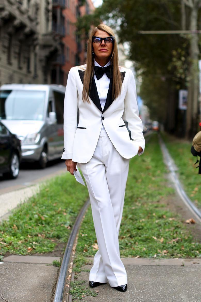 Completo Bianco Moda EstateIl In Tante VersioniTailleur 8nymNv0wOP
