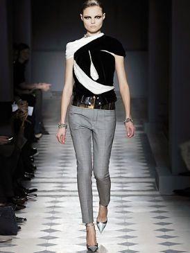 Clothing, Footwear, Leg, Sleeve, Human body, Shoulder, Fashion show, Joint, Outerwear, Fashion model,