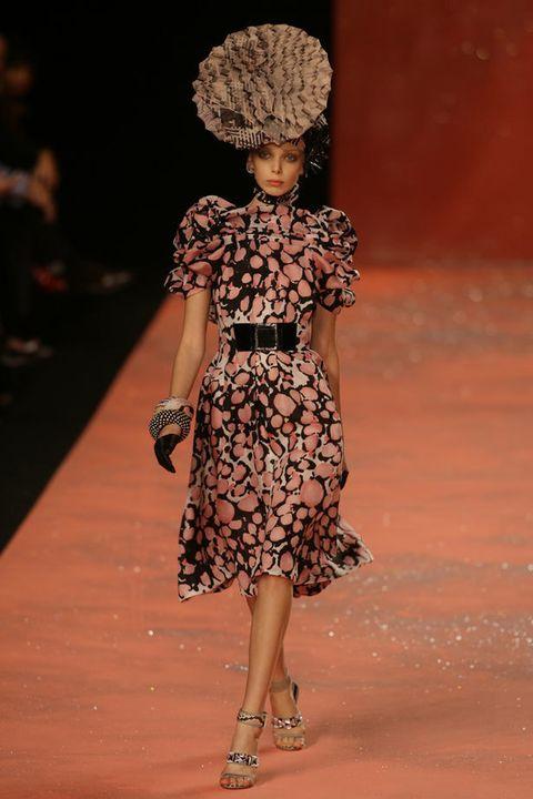 Dress, Shoulder, One-piece garment, Style, Fashion, Fashion model, Day dress, Pattern, Cocktail dress, Fashion show,