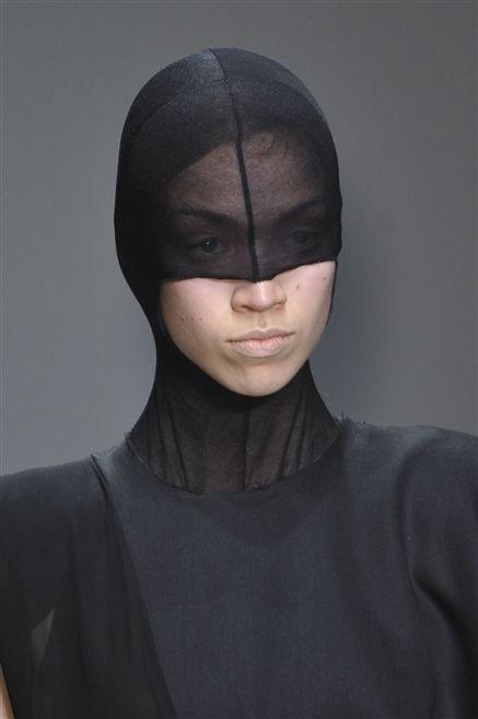 Lip, Sleeve, Neck, Black hair, Costume, Mask, Portrait photography, Portrait, No expression, Sculpture,