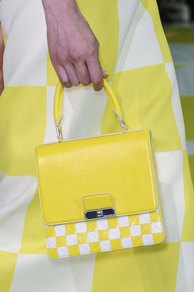 Yellow, Bag, Style, Fashion accessory, Shoulder bag, Pattern, Luggage and bags, Fashion, Beige, Strap,