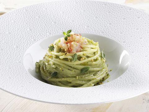 Ricetta Spaghettone Di Gragnano Al Pesto Di Pistacchi E Gambero