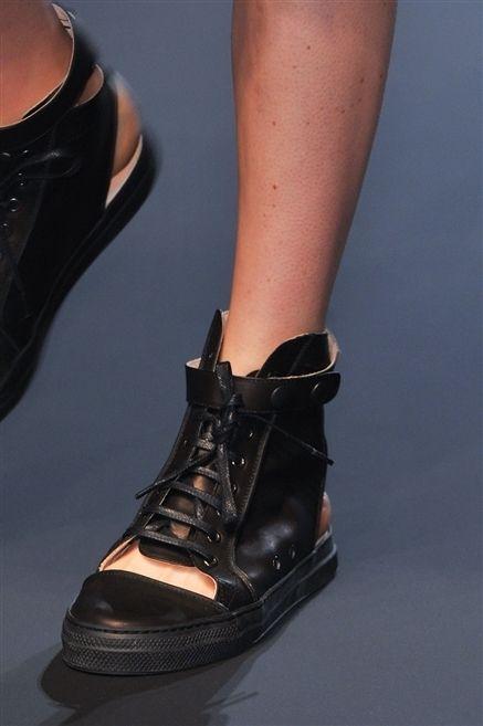 Footwear, Brown, Shoe, Joint, Human leg, Tan, Fashion, Black, Boot, Leather,