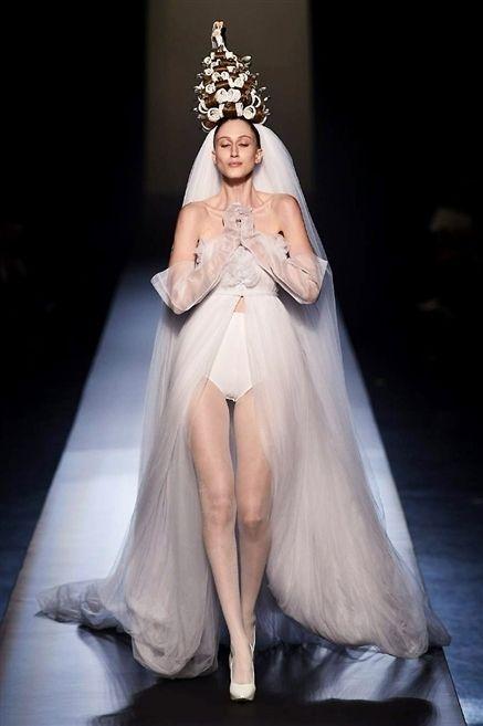 Dress, Bridal clothing, Headpiece, Hair accessory, Gown, Formal wear, Bridal accessory, Wedding dress, Fashion accessory, Tiara,