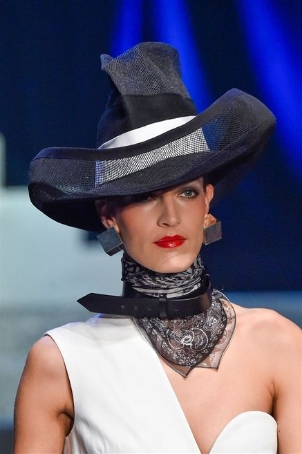 Hat, Mouth, Fashion accessory, Headgear, Costume accessory, Fashion, Fashion model, Jewellery, Model, Sun hat,