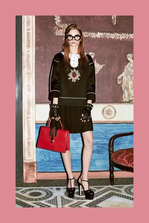 Fashion accessory, Style, Bag, Dress, Street fashion, Fashion, Knee, Vintage clothing, Luggage and bags, Fashion model,
