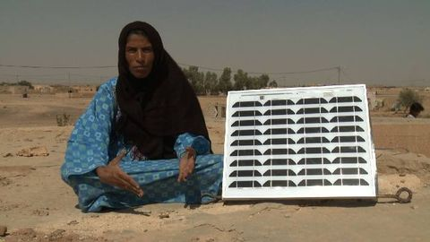 Soil, Adaptation, Solar energy, Wrap, Solar panel, Composite material, Solar power, Shawl, Aeolian landform, Sand,