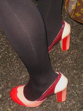 Footwear, Leg, Human leg, Joint, Red, Carmine, Black, Tights, Calf, Basic pump,