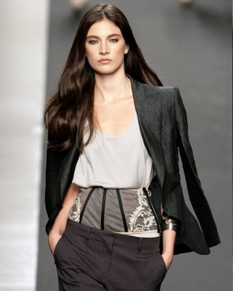 Clothing, Sleeve, Shoulder, Textile, Joint, Outerwear, Style, Fashion model, Fashion show, Waist,