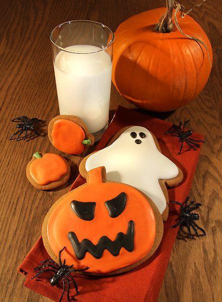 Squash, Calabaza, Orange, Drink, Vegetable, Produce, Winter squash, Pumpkin, Jack-o'-lantern, Ingredient,