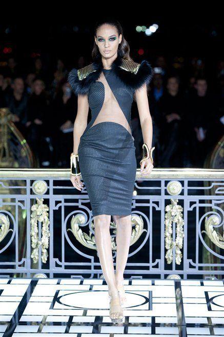 Human, Dress, Human body, Fashion show, Shoulder, Runway, Fashion model, Style, Fashion, Model,