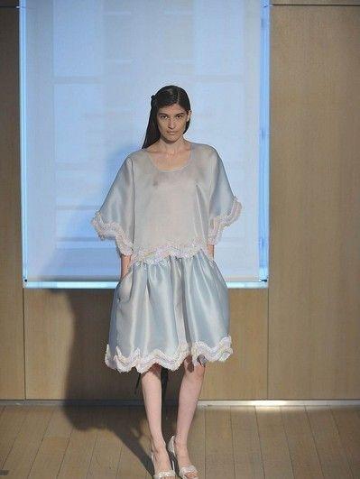 Clothing, Shoulder, Dress, Floor, Flooring, One-piece garment, Day dress, Foot, Embellishment, Waist,