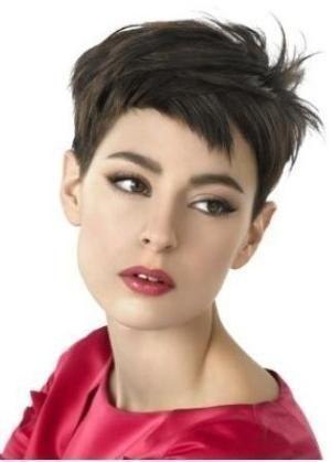 Tagli di capelli strani femminili