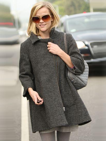 Clothing, Eyewear, Glasses, Sleeve, Sunglasses, Textile, Outerwear, Collar, Style, Street fashion,