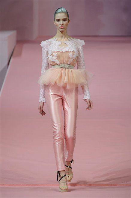 Human, Joint, Style, Fashion show, Fashion model, Fashion, Runway, Beauty, Waist, Model,