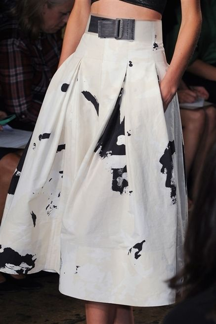 Clothing, Shoulder, Textile, Joint, White, Style, Pattern, Tartan, Plaid, Fashion,