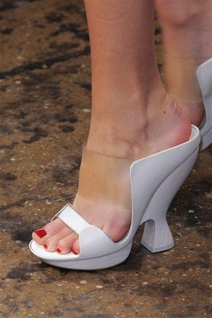 Footwear, Toe, Skin, Human leg, Joint, Red, Pink, Sandal, Foot, Carmine,
