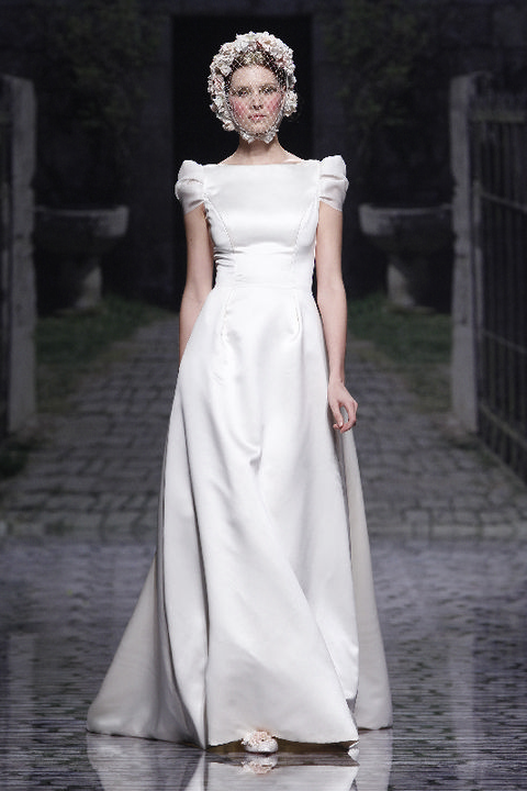 Clothing, Dress, Shoulder, Textile, Bridal clothing, White, Style, Gown, Formal wear, Wedding dress,