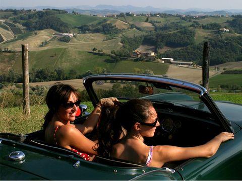 Eyewear, Vision care, Automotive design, Vehicle, Sunglasses, Vehicle door, Automotive exterior, Car, Car seat, Automotive mirror,